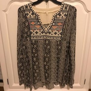 Long sleeve lace blouse Size L 10/12 Embroidered